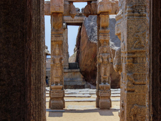 stone art on pillars in Lepakshi