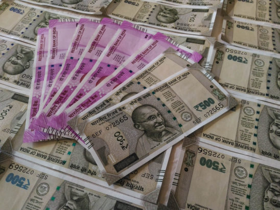 500 and 2000 rs currency