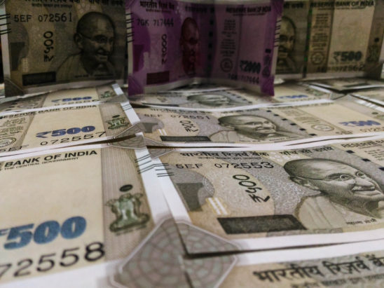 Indian 500 and 2000 rs notes