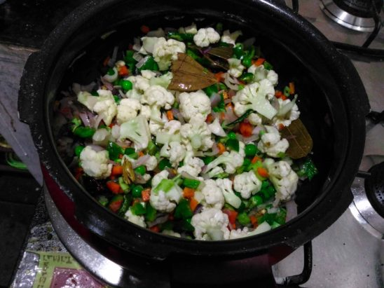 Cooking Vegetables For Veg Pulav