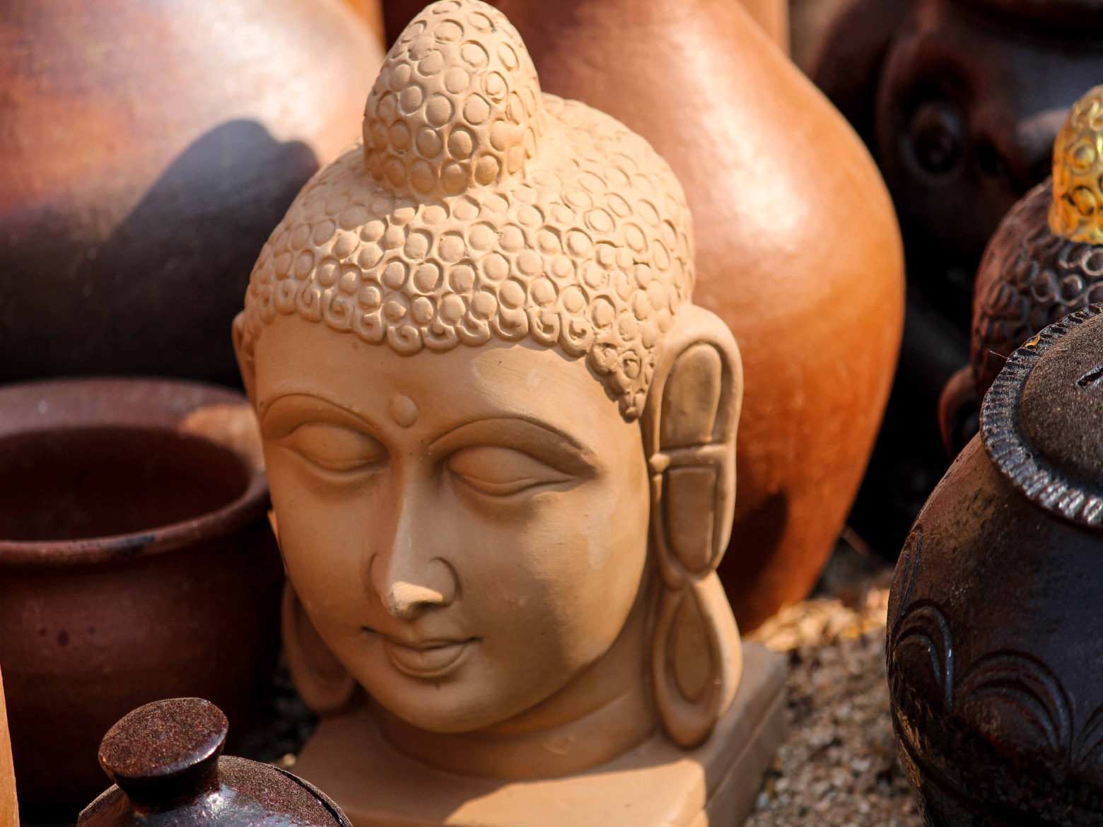 Clay Buddha Face Idol