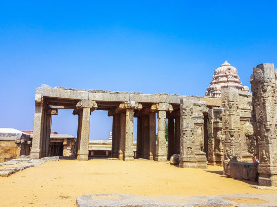 lepakshi temple stone pillars and gopuram