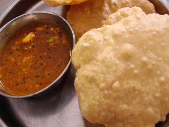 Home Made Poori Saagu