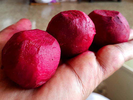 beetroot skin peeled
